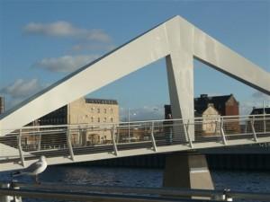 'Squigly Bridge'
